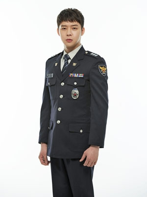 Park Yoo Chun (cast still)400